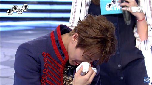 王子在節目中崩潰大哭。(圖/MTV提供)