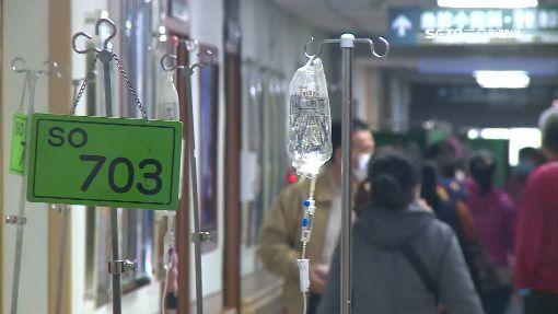 -健保-醫院-吊點滴-病患-病人-