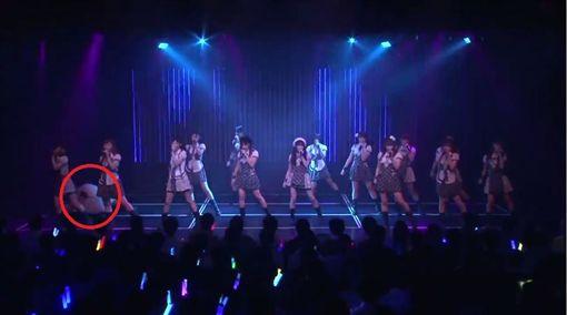 偶像,NMB48,AKB48,太田夢莉,姐妹團,身體不適,公演,萬年一遇 (圖/翻攝自YouTube)