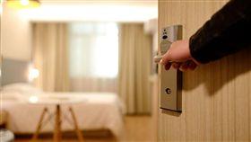 旅館,飯店,訂房,房間,開門,住宿 示意圖/翻攝自Pixabay