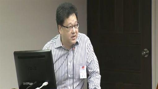 中華民國糕餅商業同業公會全國聯合會理事長吳官德 圖/翻攝自立法院議事職播