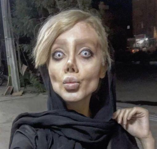 伊朗女子薩哈爾.塔巴(Sahar Tabar)整容如殭屍(圖/取自sahartabar_official IG)