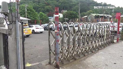 公園預定地遭佔用 私設鐵閘門收費停車