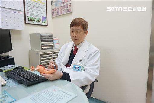 童綜合醫院,婦產科,簡陳榮,處女膜,月經,陰道,子宮