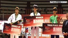 ▲黃鈺仁(右二)奪下跆拳道大獎賽決賽銅牌。(圖/劉威廷提供)
