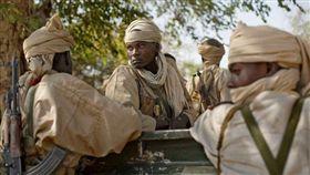 戰地記者的相機 揭盜獵非洲象的真相/左思右想行銷提供