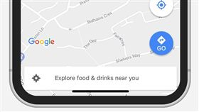 Google地圖支援iPhone X(圖/翻攝自Adam Swinden Twitter)