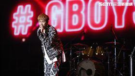 鼓鼓為五月天演唱會上海場開場 圖/相信音樂 提供