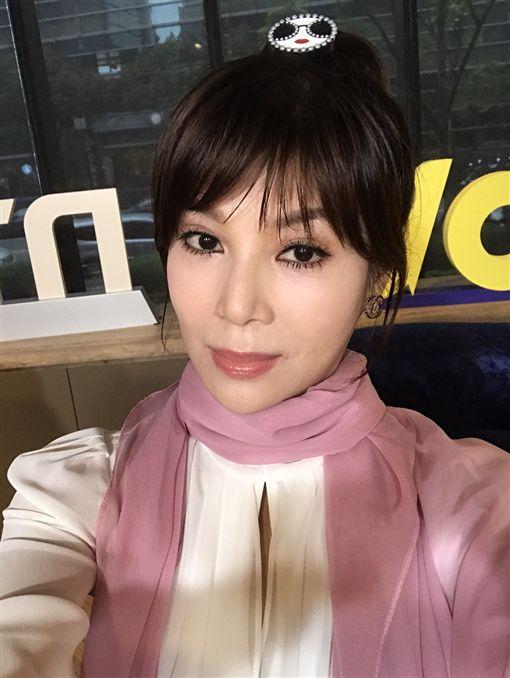 蔡秋鳳,安安大明星