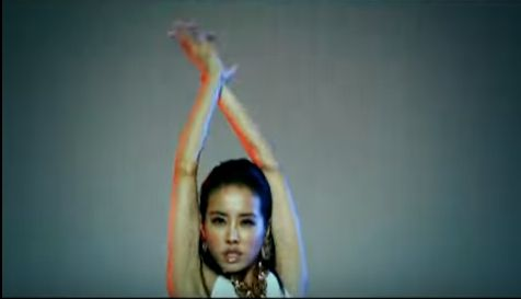周子瑜、蔡依林/YouTube