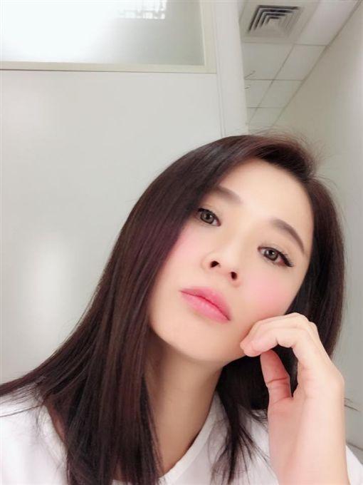 李燕,/翻攝自李小燕正面思考團