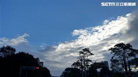 氣象局,東北季風,短暫雨,多雲到晴,天氣,冷氣團,空汙 李鴻典攝