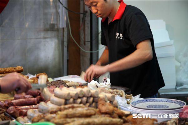 嘉義小吃,黑人魯熟肉,黑白切。(圖/記者簡佑庭攝)