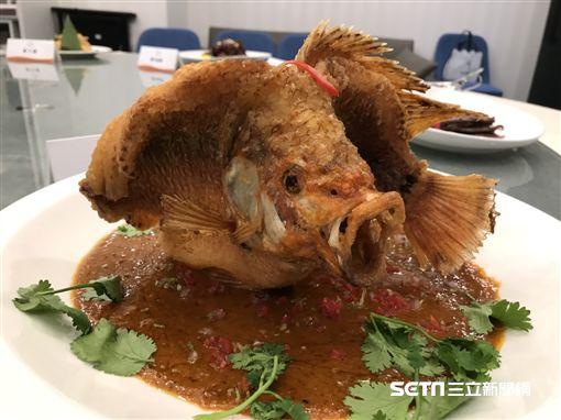 新加坡美食,珍寶海鮮,辣椒螃蟹,螃蟹料理。(圖/記者簡佑庭攝)