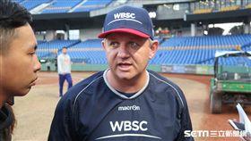 歐美聯隊總教練楊森(Steve Janssen)。(圖/記者王怡翔攝)