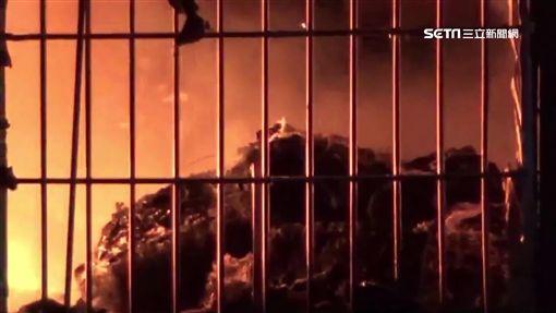 台中市,烏日,創元精密工廠,起火,燃燒,鐵皮,建築,火海,火災