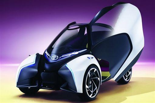 Toyota i-TRAIL Concept概念車且擁有小巧的車身,可作為城市中簡易且靈活的移動工具。(圖/翻攝Toyota官網)