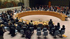 北韓再射彈 聯合國安理會召開緊急會議聯合國安全理事會29日在紐約召開緊急會議。北韓當天稍早發射長程彈道飛彈。(共同社提供)中央社 106年11月30日