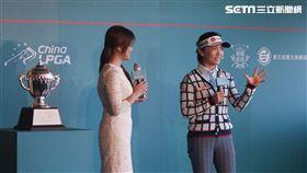 ▲上屆中信女子公開賽冠軍盧曉晴(右)。(圖/記者蔡宜瑾攝影)