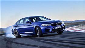 BMW家族成員眾多,其中最具代表性的就屬M5。(圖/翻攝BMW官網)