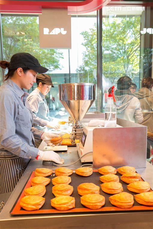 RAPL澎派令果,卡士達蘋果派,北海道,新光三越,台北信義新天地A8館,泡芙,排隊,甜點