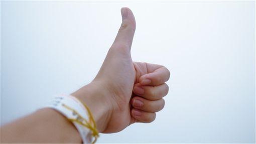 網戀,白瘦男,台南,上床,大拇指,滾床,威武分身,全硬,尺寸,落跑,交網 圖/翻攝自Pxhere https://goo.gl/Bd4MRX