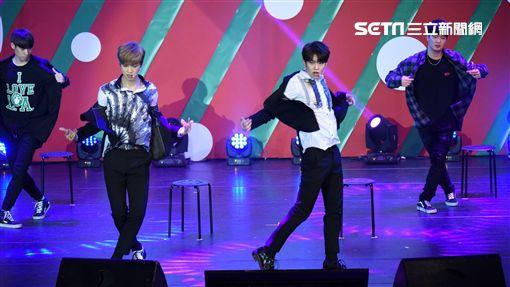 韓國男子雙人團體MXM來台舉辦見面會與台灣粉絲共度耶誕夜