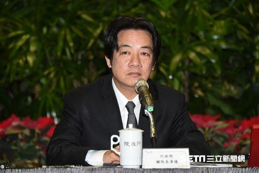 行政院長賴清德召開2017年終記者會。 圖/記者林敬旻攝