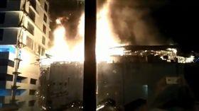 印度孟買大樓火災12死13傷(圖/翻攝Dramatical Error推特)