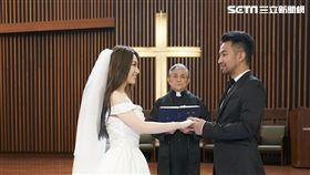 閻奕格,黃健瑋(圖/華研提供)