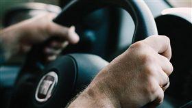 開車、駕駛、司機/pixabay