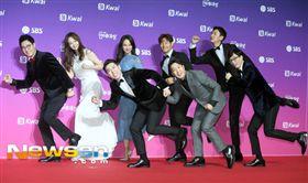 ▲Running man合體出席SBS演藝大賞。(圖/翻攝自newsen)