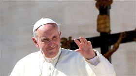 16:9 教宗方濟各總結2017 嘆人類為不公不義浪費一整年 教宗 方濟各 Pope Francis 圖/攝影者Long Thiên, Flickr CC License https://flic.kr/p/EPHqpY