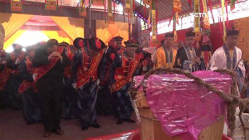 南天宮百年首醮 聖井取水場面盛大