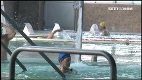 屏東市國民運動中心發生氯氣外洩,導致泳客嗆傷。