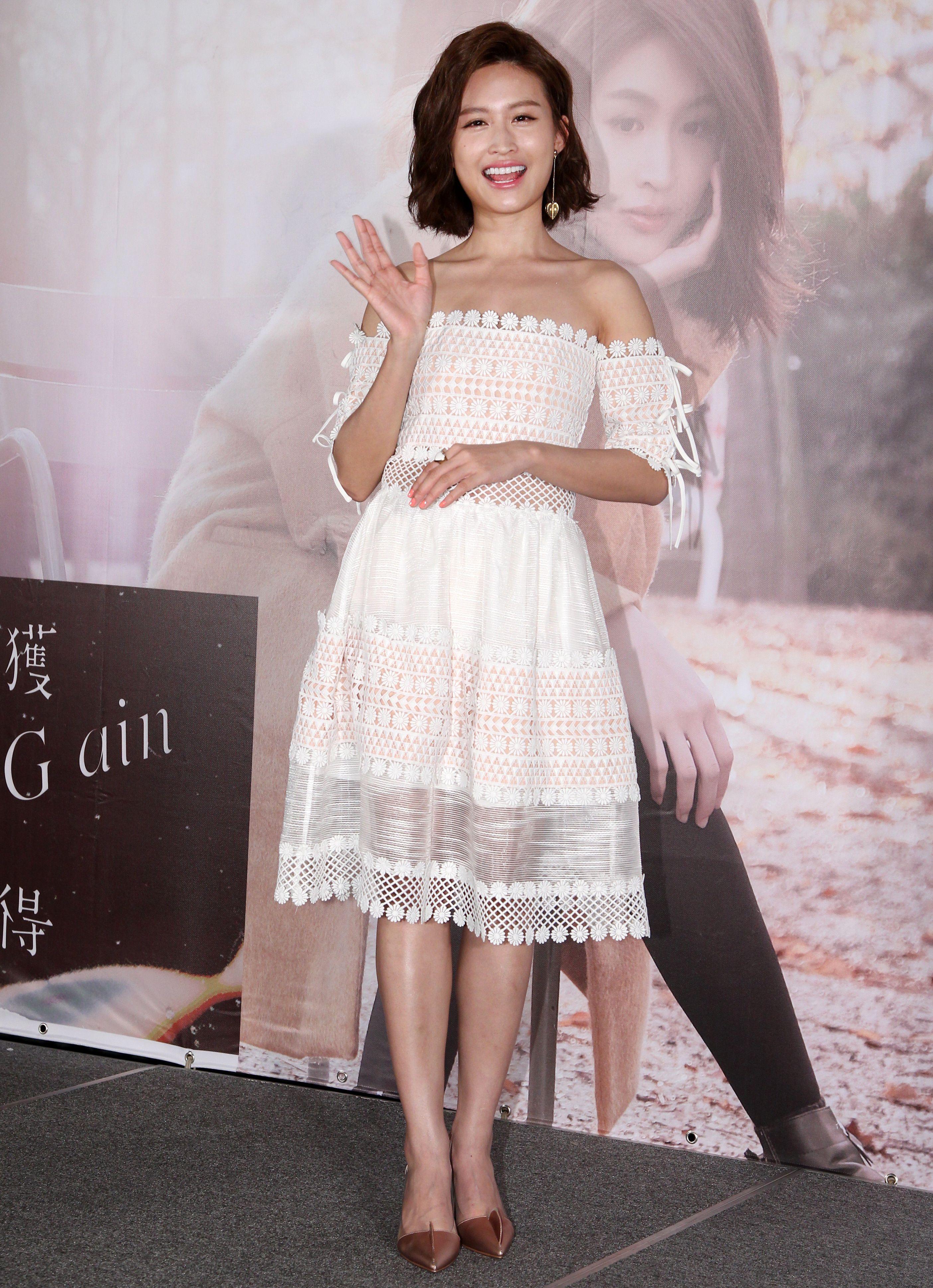 黃若熙迷你音樂專輯「獲得」發行。(記者邱榮吉/攝影)