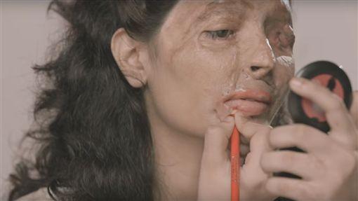 印度,網紅,Reshma(https://www.youtube.com/watch?v=-MhbULUd-KE)