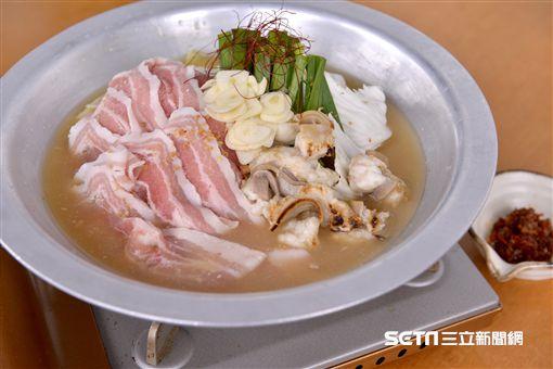 日本特色火鍋,牛大腸豬肉酒粕味噌鍋、鱉高湯雞肉白菜鍋、鰤魚牡蠣柚香鍋。(圖/和食EN提供)