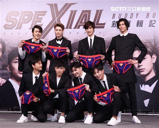 人氣男團SpeXial第五張國語專輯發片,相對團員也換了幾位。(記者邱榮吉/攝影)