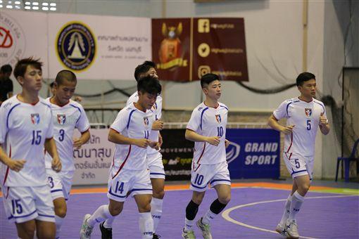 ▲中華隊與泰國俱樂部球隊熱身賽。(圖/足球協會提供)