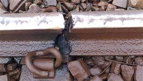 鐵軌冷縮斷裂 圖/翻攝畫面