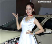 性感車模Amy yen。(記者邱榮吉/攝影)