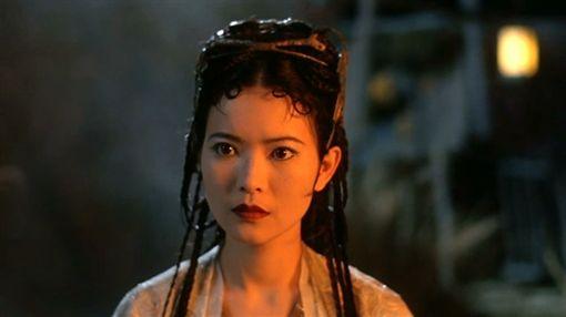 香港女星藍潔瑛自爆曾被強暴。(圖/翻攝自微博)