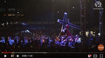 菲律賓,宗教,耶穌,黑拿撒勒人,信徒,天主教,神像(圖/翻攝自 Rappler YouTube)https://www.youtube.com/watch?v=16hFUFpzweM