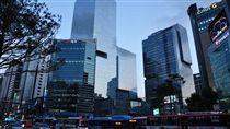 南韓首爾江南區街景。(圖/翻攝維基百科)