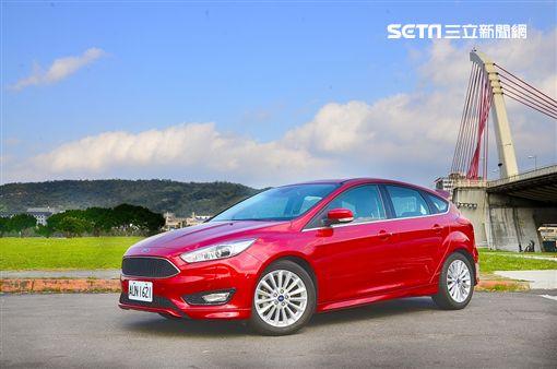 Ford Focus 1.5 EcoBoost頂級活動版。(圖/鍾釗榛攝影)