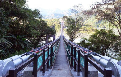 新溪口吊橋,羅浮溫泉,吊橋