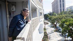 台北市長柯文哲看健康公宅 北市府提供