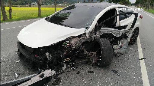 險! 疑似疲勞駕駛 暴衝撞對向聯結車