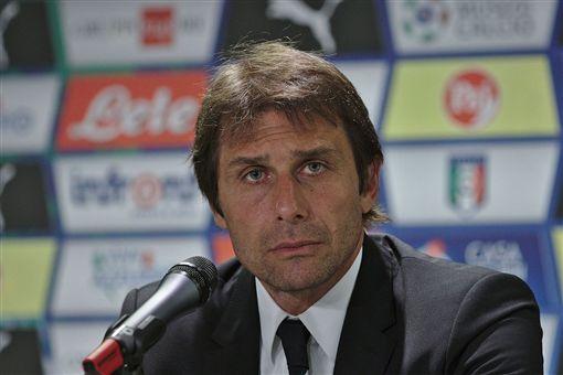 英格蘭足球豪門切爾西義大利籍教練孔蒂(Antonio Conte)(圖/翻攝自維基百科)